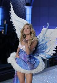 Millitary Hurricane Relief Workers BOOTED – Victoria Secret Show and Bieber More Important!